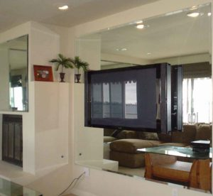 TV with wall mirrors