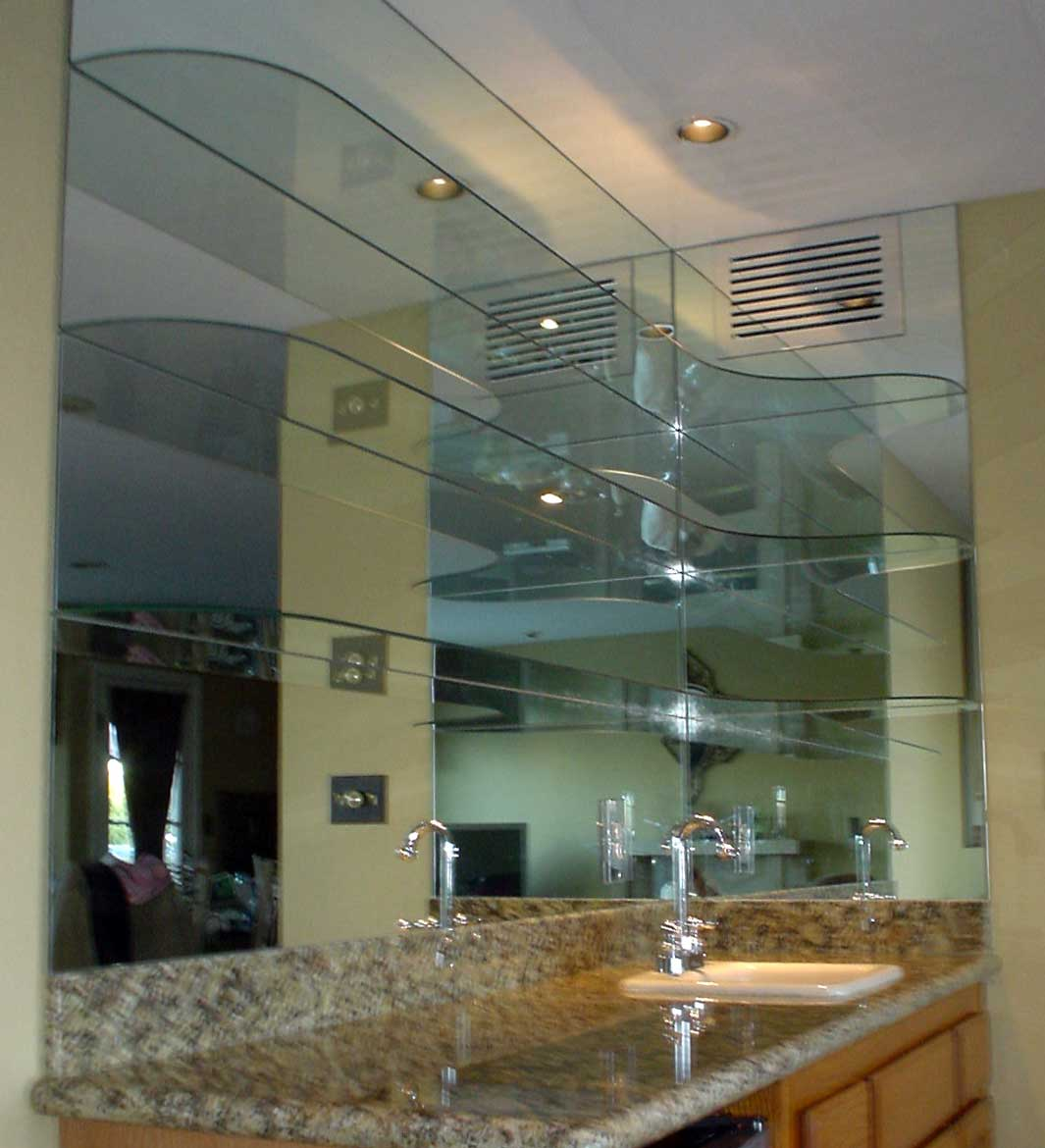 Curved Glass In Mirr Opt